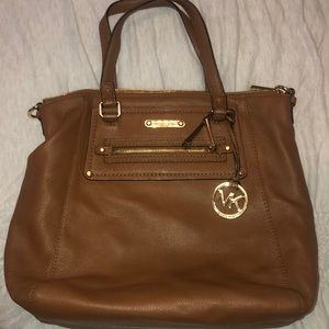 Steve Madden tote bag with removable strap!